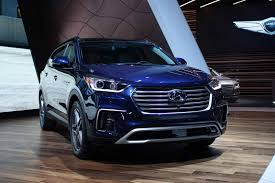 hyundai jeep 2017 hyundai rolls out facelifted 2017 santa fe autoguide com news