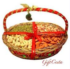 Fruit And Nut Gift Baskets Nuts Gift Basket Consisting Of Dry Fruits Is Ideal For Any Festive