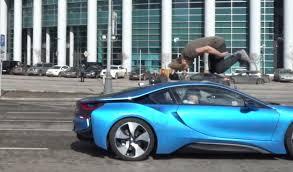 Bmw I8 Blue - stuntman front flips over bmw i8
