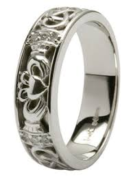 claddagh wedding rings celtic knot wedding bands claddagh celtic engagement rings