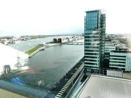 chambre d hotel amsterdam vue de la chambre picture of movenpick hotel amsterdam city centre