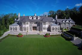 heather dubrow new house new hi res exterior pics of the stone mansion in alpine nj