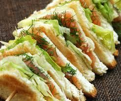 faire des canapes avec du de mie de mie roi des sandwichs 10 recettes à faire avec du