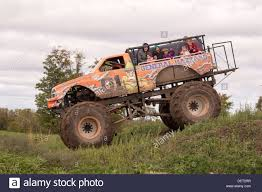videos de monster truck monster truck stock photos u0026 monster truck stock images alamy