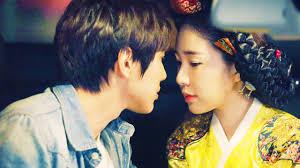 dramacool queen of the game queen in hyun s man netflix