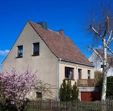 Haus Kaufen Gebraucht Sanierungsbedarf Alter Immobilien Oft Unterschätzt Welt