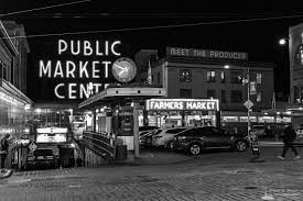 black friday seattle 2017 pike place market after dark seattle washington winter 2017