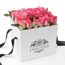 boxed roses jardins square boxed pink roses delivered to melbourne