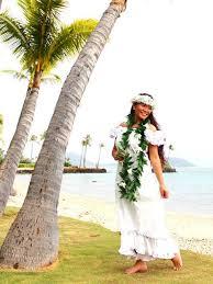 hawaiian themed wedding dresses 30 best hawaiian images on hawaiian dresses ruffles