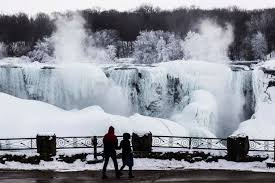 pictures stunning images frozen niagara falls daily record