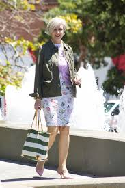 street style for over 40 spotlight on over 40 style at a certain age elegantly dressed and