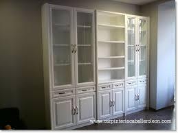 lacar muebles en blanco mueble vitrinas lacado blanco carpintería caballero león