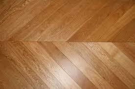 Difference Between Hardwood And Laminate Flooring Herringbone And Chevron Criss Cross Wood Flooring Wood And