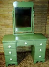 Dressers For Makeup Vintage Thomasville Chair Company Bedroom Set Bed Vanity
