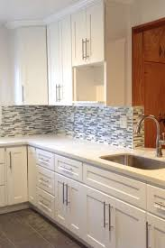 what hardware for shaker cabinets bin pulls and knobs vs bar pulls with shaker cabinets