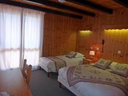 chambre d hotes orcieres hôtel et chambres hotel les catrems orcières merlette