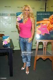 Barnes Nob Pamela Anderson Signs Copies Of Her New Book