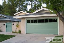 like the garage door u0026 front door being the same color paint