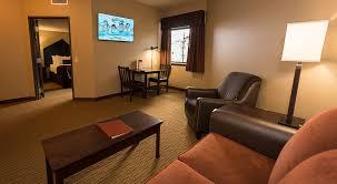 two bedroom suites waikiki 2 bedroom suite playmaxlgc com