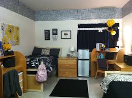 homey dorm room setup fall 12 pinterest dorm room setup