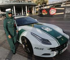 police lamborghini aventador dubai u0027s bugatti veyron is the fastest cop car in the world daily