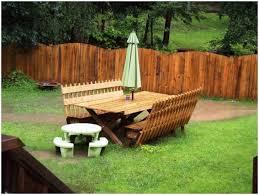 Backyard Fence Styles by Backyard Fence Designs For Dogs Tag Winsome Backyard Fence Design