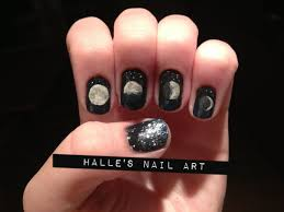 saveitforteatime moon phase nails i love these so much painting