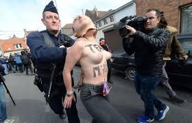 au bureau henin beaumont française les femen s invitent à hénin beaumont pour protester