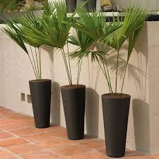 beeker resin planter crescent garden urban pot