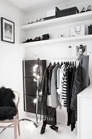 small closet 4 small walk in closet organization tips and 28 ideas digsdigs