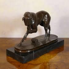 levrette sur canapé levrette statue en bronze d un lévrier sculptures bronze