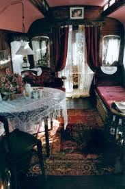 Trailer Home Interior Design by Best 25 Gypsy Caravan Ideas On Pinterest Gypsy Wagon Gypsy