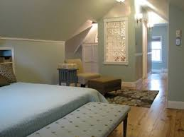 Master Bedroom Pinterest Best 25 Attic Master Bedroom Ideas On Pinterest Slanted Ceiling