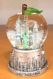 45 mm new york city snow globe big apple shaped dome small size