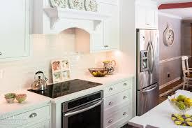 kitchen range backsplash zodiaq quartz coarse carrara color waves tile backsplash mouser