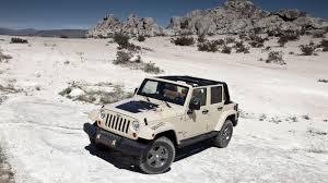 average gas mileage for a jeep wrangler 2012 jeep wrangler fuel economy figures improve autoblog