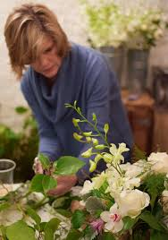5 reasons you should try a flower arranging class martha stewart
