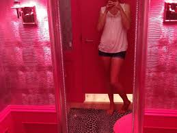 victoria secret rooms and on pinterest fitting room pesquisa