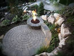 Simple Brick Patio With Circle Paver Kit Patio Designs And Ideas by 25 Beautiful Circular Patio Ideas On Pinterest Nice Small