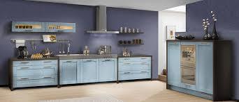 meuble cuisine bleu couleur de meuble en bois 9 cuisine 233quip233e pullman cuisine