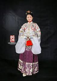 why do you think chinese people don u0027t wear traditional clothing at