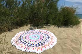 serviette de bain bio de plage ronde mandala amérindien rose