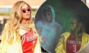 Yellow Raincoat Girl Meme - beyoncé sports full length yellow windbreaker for mia fest daily