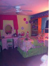 a new pink vanity in my 10 year old little girl s room for the a new pink vanity in my 10 year old little girl s room