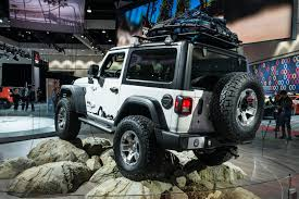 jeep icon concept 2019 jeep wrangler lands with new hybrid engine and big tech boost