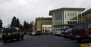 fred meyer thanksgiving hours happening nearby robber hits chase bank inside lynnwood fred