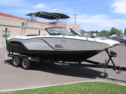 2016 mastercraft nxt22 black white 4 jpg