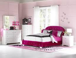 Furniture Marilyn Tufted Headboard Bedroom Set In Pink W Two Pillows - Tufted headboard bedroom sets