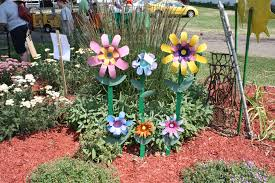 Gardening Craft Ideas Fall Recycled Garden Projects Eye Catching Recycled Garden
