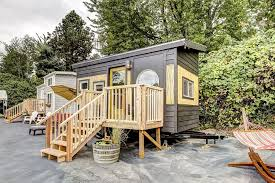 Tiny Homes For Rent Coolest Of The Quaintest 7 Tiny House Hotels Myvacationpages